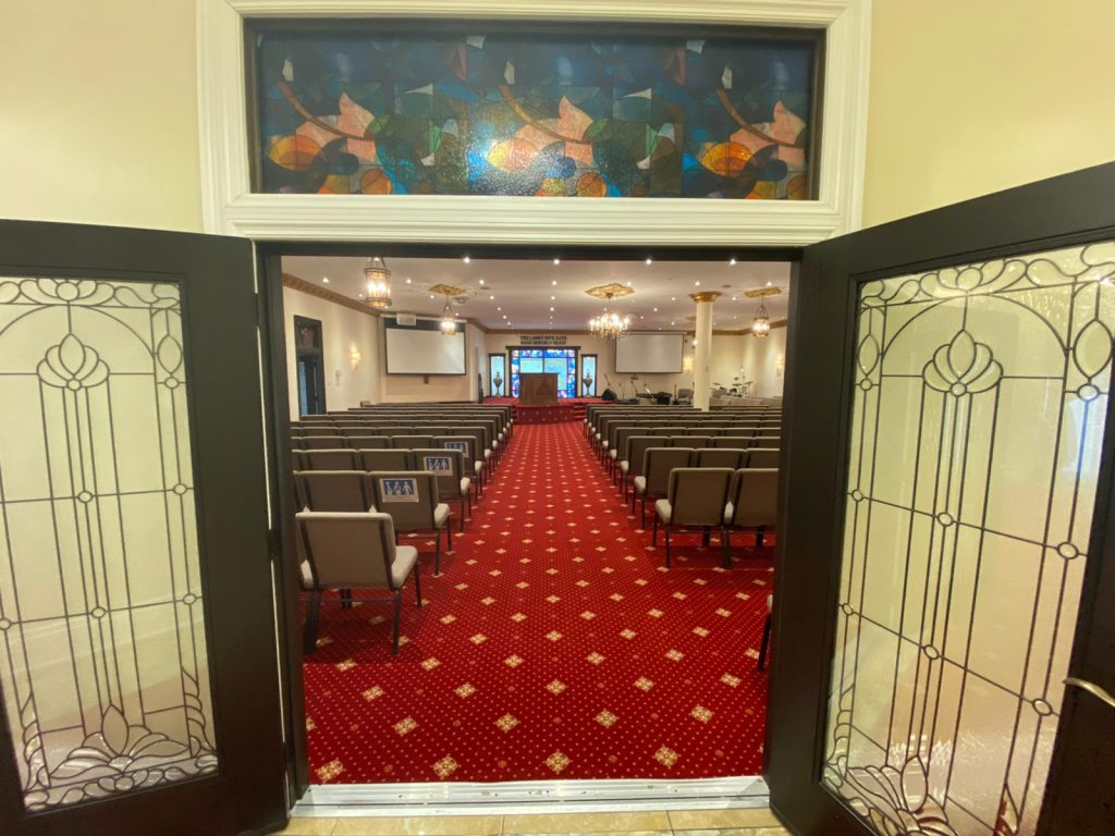 GTMT-Sanctuary-from-entrance-door-to-pulpit